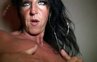 Femme deux fille nue britannique doggystyled par un rugueux