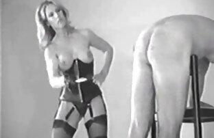 Masturbation fille nue masturbe